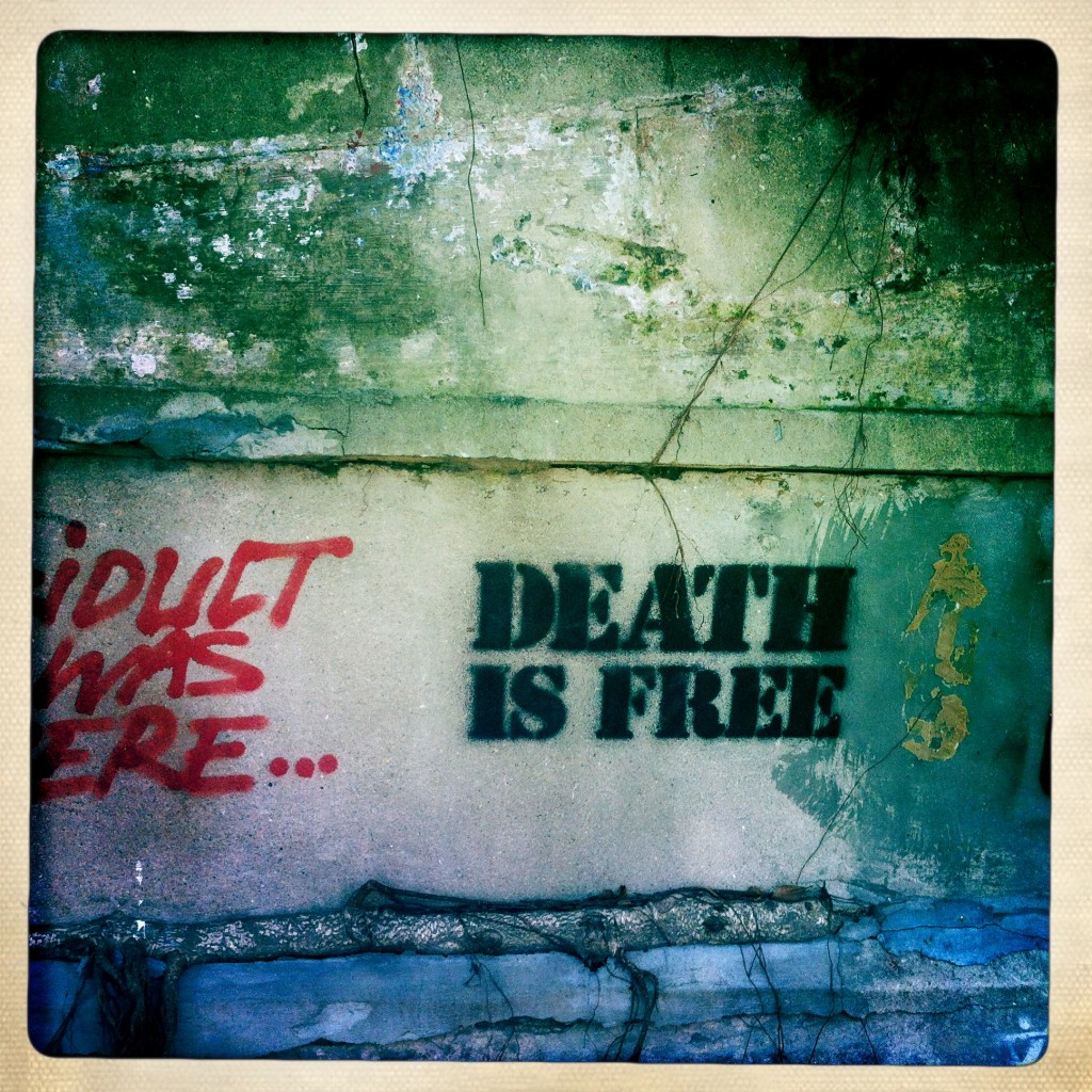 hong kong graffiti - death is free